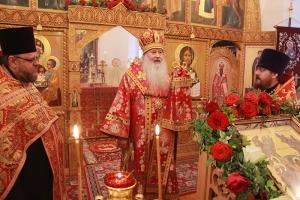 В канун Недели 14-й по Пятидесятнице митрополит Тихон совершил вечернее богослужение в Свято-Введенском женском монастыре Орла