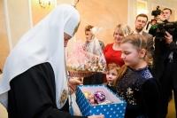 Маленькая орловчанка Маша Кувшинова по приглашению Святейшего Патриарха Кирилла посетила Патриаршую ёлку в Кремле. 8 января 2019 г.