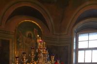В канун Недели 3-й Великого поста, Крестопоклонной, епископ Мценский Алексий, викарий Орловской епархии, совершил всенощное бдение с чином выноса Креста Господня в Ахтырском кафедральном соборе Орла. 30 марта 2019 г.