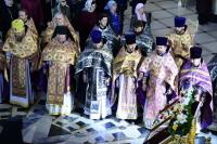В день своего 60-летия архиепископ Орловский и Болховский Тихон возглавил прощальное богослужение — Литургию Преждеосвященных Даров в кафедральном соборе Рождества Христова города Южно-Сахалинска. 8 апреля 2019 г.