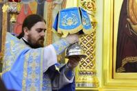 В праздник Благовещения архиепископ Орловский и Болховский Тихон совершил литургию в кафедральном соборе Рождества Христова г. Южно-Сахалинска. 7 апреля 2019 г.