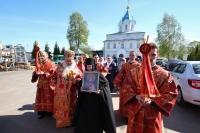 Митрополит Орловский и Болховский Тихон совершил литургию в среду Светлой седмицы в Свято-Введенском монастыре Орла. 1 мая 2019 г.