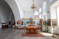 Митрополит Орловский и Болховский Тихон посетил храм Георгия Победоносца в Болхове. 3 мая 2019 г.