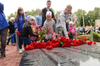 Митрополит Орловский и Болховский Тихон принял участие в открытии памятника Солдату-освободителю и перезахоронении останков красноармейцев в с. Плещеево. 2 августа 2019 г.