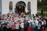 В день Успения Пресвятой Богородицы архиепископ Орловский и Ливенский Антоний совершил Божественную литургию в Свято-Успенском монастыре Орла. 28 августа 2013 г.