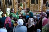 В праздник Входа Господня в Иерусалим архиепископ Антоний совершил Божественную литургию в Ахтырском кафедральном соборе. 28 апреля 2013 г.