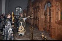 В Великую Среду архиепископ Антоний совершил Божественную литургию в храме Иверской иконы Божией Матери г. Орла и освятил обновленный иконостас храма. 1 мая 2013 г.