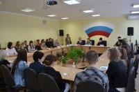 Архиепископ Антоний принял участие в круглом столе по вопросам семьи в ОрёлГИЭТ. 12 апреля 2013 г.