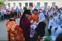 В Неделю 2-ю по Пасхе архиепископ Орловский и Ливенский Антоний совершил литургию в Сергиевском кафедральном соборе г. Ливны. 12 мая 2013 г.