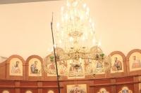 Митрополит Орловский и Болховский Антоний совершил чин освящения храма святителя Спиридона Тримифунтского в поселке Спицино Орловского района и Божественную литургию в новоосвященном храме. 25 декабря 2014 г.