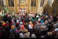 В праздник Входа Господня в Иерусалим архиепископ Орловский и Ливенский Антоний совершил Божественную литургию в Ахтырском кафедральном соборе г. Орла. 13 апреля 2014 г.