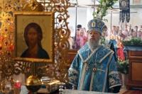 Архиепископ Орловский и Болховский Антоний совершил литургию в храме Смоленской иконы Божией Матери г. Орла в день его престольного праздника. 10 августа 2014 г.
