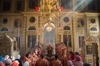 В день памяти своих небесных покровителей, Виленских мучеников Антония, Иоанна и Евстафия, архиепископ Орловский и Ливенский Антоний совершил литургию в Ахтырском соборе Орла. 27 апреля 2014 г.