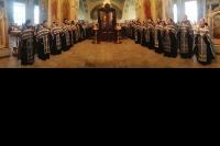 В Неделю третью Великого поста митрополит Орловский и Болховский Антоний совершил богослужение с чином Пассии в Богоявленском соборе Орла. 3 апреля 2016 г.