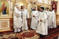 В праздник Вознесения Господня архиепископ Орловский и Ливенский Антоний совершил в Вознесенском храме п. Змиевка Божественную литургию. 29 мая 2014 г.