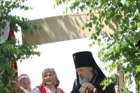 В День Святого Духа архиепископ Орловский и Ливенский Антоний посетил новосильский Свято-Духов монастырь. 24 июня 2013 г.