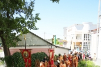 В 9-ю пятницу по Пасхе архиепископ Орловский и Ливенский Антоний совершил Пасхальным чином Божественную литургию в Свято-Никольском храме поселка Кромы. 20 июня 2014 г.