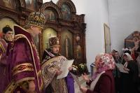 В день празднования обретения мощей св. Матроны Московской архиепископ Орловский и Ливенский Антоний совершил Божественную литургию в храме святой блаженной Матроны на ул. Раздольной. 8 марта 2014 г.