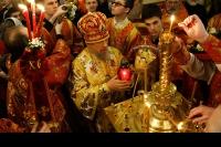 В ночь с 30 апреля на 1 мая 2016 года в Ахтырском кафедральном соборе Орла митрополит Орловский и Болховский Антоний совершил Пасхальные богослужения — полунощницу, крестный ход, Пасхальную заутреню и Божественную литургию свт. Иоанна Златоуста