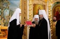 Святейший Патриарх Московский ивсеяРуси Кирилл совершил литургию в Богоявленском соборе г. Орла и освятил памятник прп. Серафиму Саровскому. 28 июля 2016 г.