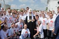 Святейший Патриарх Московский и всея Руси Кирилл совершил литургию в Богоявленском соборе г. Орла и освятил памятник прп. Серафиму Саровскому. 28 июля 2016 г.