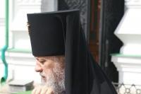 Во вторник Светлой Седмицы архиепископ Антоний совершил Божественную литургию в храме Иверской иконы Божией Матери. 17 апреля 2012 г.