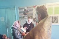 Миссионеры из движения «Неувядаемый цвет» помолились вместе с жителями мценского поселка Нововолково. 4 ноября 2019 г.