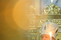 В канун Недели 32-й по Пятидесятнице митрополит Орловский и Болховский Антоний возглавит всенощное бдение в храме Смоленской иконы Божией Матери города Орла. 5 января 2018 г.