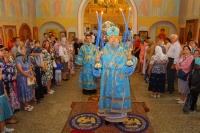 Митрополит Орловский и Болховский Антоний в сослужении епископа Мценского Алексия совершил литургию в Свято-Троицком храме Мценска в день празднования 25-летия прихода. 2 сентября 2018 г.