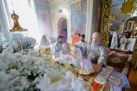 Митрополит Орловский и Болховский Антоний совершил богослужения Великой Пятницы и Великой Субботы в Ахтырском кафедральном соборе Орла. 6-7 апреля 2018 г.
