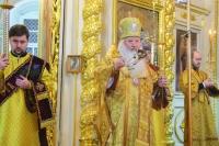 В канун Недели 28-й по Пятидесятнице, святых праотец, митрополит Орловский и Болховский Тихон совершил всенощное бдение в Ахтырском кафедральном соборе Орла. 28 декабря 2019 г.