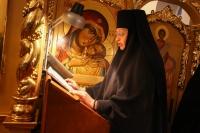 В день памяти преподобного Серафима Саровского митрополит Орловский и Болховский Тихон совершил литургию в Свято-Введенском женском монастыре города Орла. 15 января 2020 г.