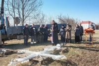 У стен Троицкого Оптина монастыря г. Болхова установлен обновленный поклонный крест. 25 марта 2020 г.