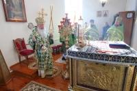 В праздник Входа Господня в Иерусалим митрополит Орловский и Болховский Тихон совершил Божественную литургию в Свято-Успенском храме в п. Тросна. 12 апреля 2020 г.