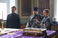В Великую Субботу митрополит Орловский и Болховский Тихон совершил вечерню с Литургию в Ахтырском кафедральном соборе Орла. 18 апреля 2020 г.