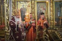 В канун субботы Светлой седмицы митрополит Орловский и Болховский Тихон совершил богослужение в Свято-Иоанно-Крестительском храме города Орла. 24 апреля 2020 г.