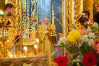 Митрополит Орловский и Болховский Тихон совершил Литургию и освятил антиминсы в день памяти апостола и евангелиста Матфея в Богоявленском соборе города Орла. 29 ноября 2020 г.
