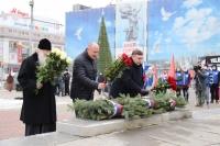 Митрополит Орловский и Болховский Тихон принял участие в церемонии возложения цветов, посвященной Дню Неизвестного солдата в сквере Танкистов. 3 декабря 2020 г.
