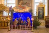В навечерие Рождества Христова (Рождественский сочельник) митрополит Орловский и Болховский Тихон совершил Литургию в Ахтырском кафедральном соборе Орла. 6 января 2020 г.