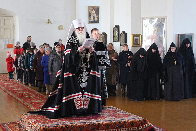 Архипастырь возглавил великое повечерие с чтением Великого покаянного канона Андрея Критского в Болхове