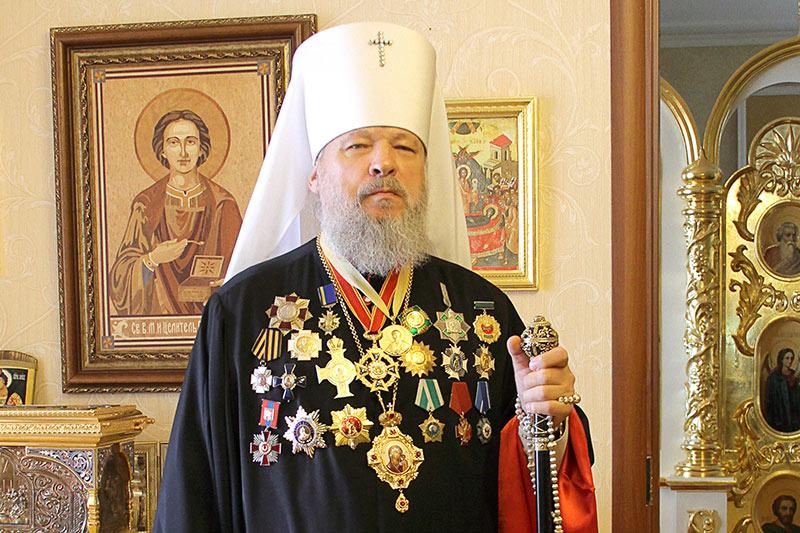 Поздравление Высокопреосвященнейшему митрополиту Антонию с 30-летием архиерейской хиротонии
