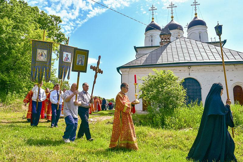 В Болхове почтили память преподобного Макария Алтайского