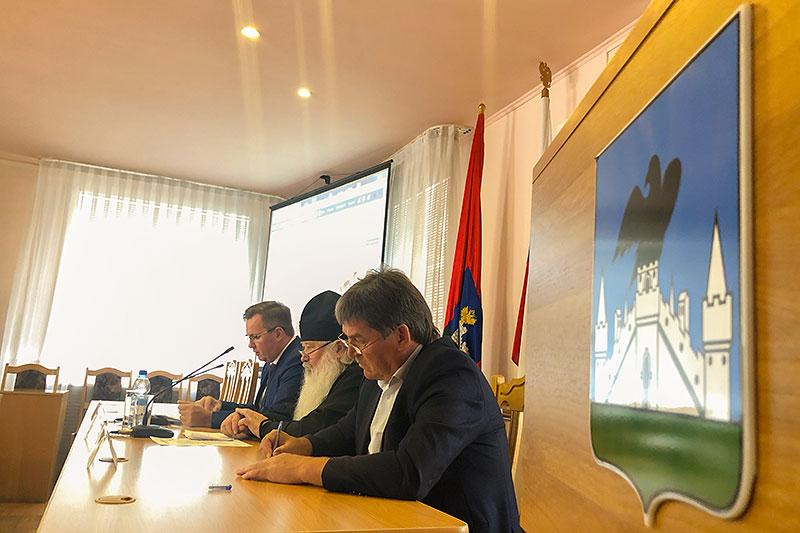 Архипастырь участвовал в заседании в Координационного совета по вопросам межнациональных и межконфессиональных отношений