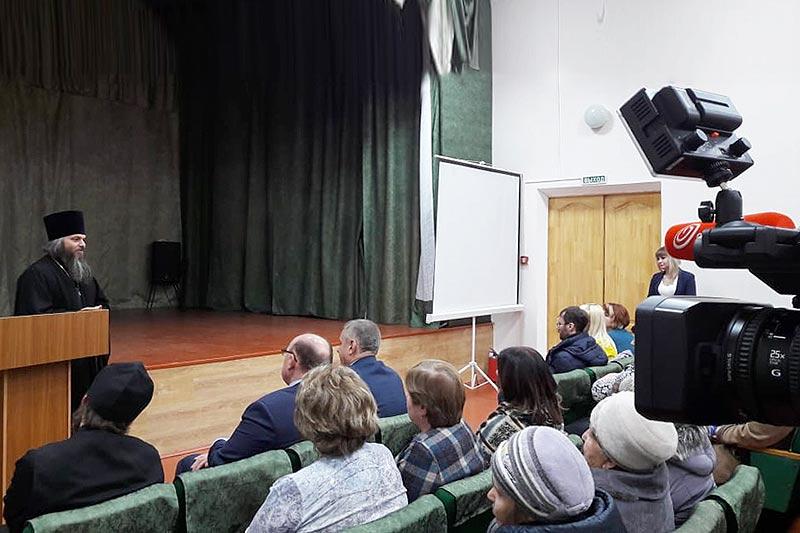 Мценский благочинный: «В духовной жизни Спасского-Лутовиново наступают перемены»