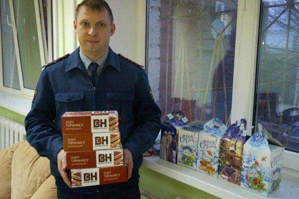 Сотрудники и осужденные орловской колонии поддержали рождественскую благотворительную акцию