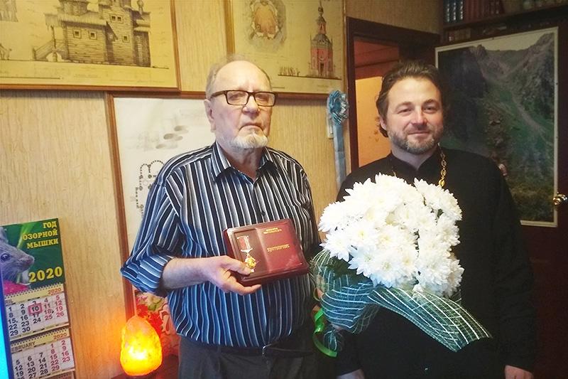 Архитектор-храмостроитель Михаил Скоробогатов удостоен награды Орловской епархии