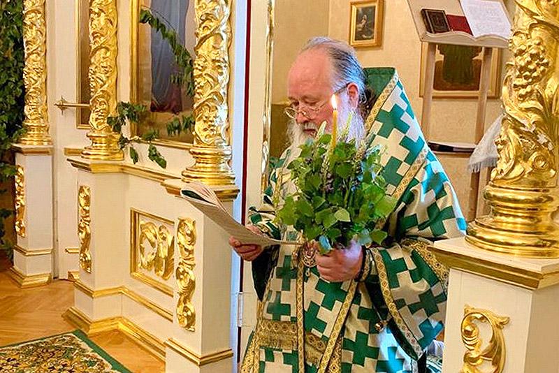 Сегодня православные христиане отмечают Пятидесятницу